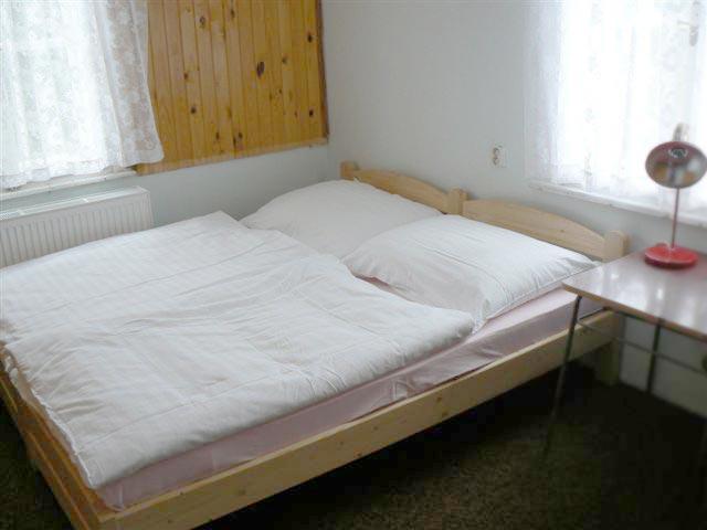 Ubytování v chatě Kačenka - interiér pokoje